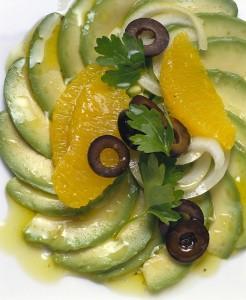 Salata s avokadom i narančama