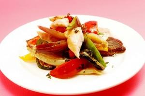 Pikantna povrtna salata