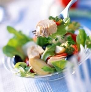 Miješana salata od tunjevine