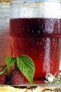 Ledeni čaj s malinama