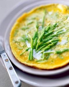 Omlet od divljih šparoga